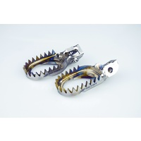 KTM 125/200/250/300/350/450/500/525/530 HUSQVARNA 125 TO 450 16-19 TITANIUM FOOTPEGS ANTI MUD